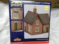 Bachmann Scenecraft Crossing Keepers Cottage ref 44-190