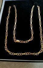 Un meraviglioso dall'aspetto 9ct catena d'oro la qualità al suo meglio. il pieno riconoscimento immediato.