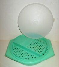 TUPPERWARE PLASTIC STORAGE CONTAINER JADEITE GREEN SHREDDER GRATER BOWL #786-9