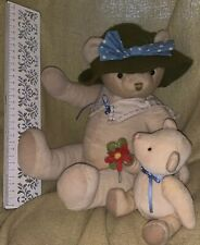 Hallmark plush Mama Bear Hat w/ baby bear flower Mother's Day Easter Spring Gift