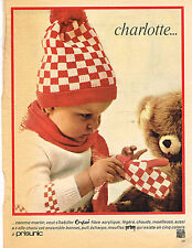 PUBLICITE  1966   PRISUNIC  CHARLOTTE  bonnet pull écharpe moufles