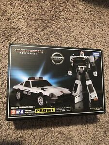 Takara Tomy Transformers MP-17 Prowl Authentic Autobot Strategist Hasbro