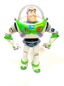 Vintage 2001 HASBRO Disney Pixar BUZZ LIGHTYEAR Talks Phrases Utility Belt,