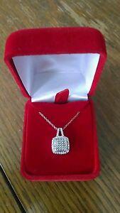 925 Silver Platinum-Plated Diamond Pendant Necklace