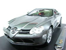 Maisto Mercedes Benz SLR McLaren Ashen Gray 1/18 Diecast Car 36653