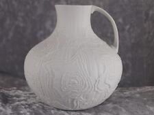 AK Kaiser Bisquit Porzellan Design Art Vase Tischvase Krug 13 cm 80er