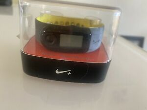 apple watch nike + Shoe Pod