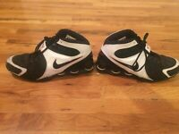 Nike Men's white and black sneakers size 13