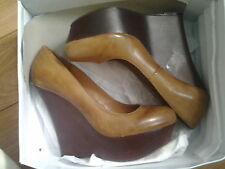 Platform high heels leather shoes 8.5 US by Steve Madden