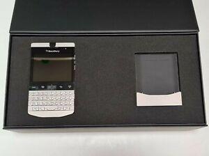 BlackBerry Porsche Design P'9981 QWERTY + Arabic Platinum Unlocked GSM - 14 Days