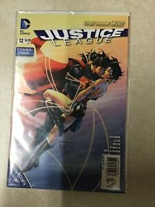 JUSTICE LEAGUE # 12 COMBO PACK NEW 52 FIRST PRINT DC COMICS