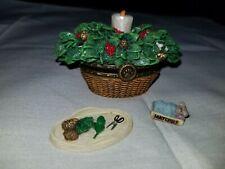 Boyds Treasure Box - Merry's Holiday Basket