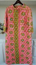 Vintage Oriental Pink Kimono Style Zip Front Long Asian Robe Puffer De Lis VTG
