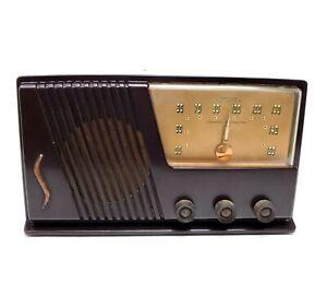 Tube Radio Vintage Silvertone Mid Century Model 15 Bakelite AM Tabletop Works