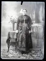 Francia Ritratto Donna c1920 Foto Negativo Placca Da Lente Rotto Vintage 9x12cm
