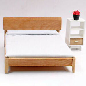 1/12 Scale Dollhouse Single Bed with White Sheet Living Room Ornaments