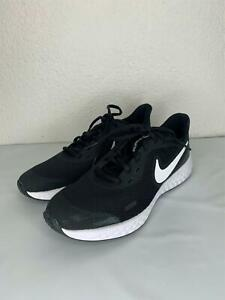 1*54 NEW Boys' Big Kids' NIKE REVOLUTION 5 Running Shoes Size 5.5Y