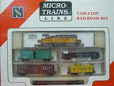 Union Pacific Atlas GP35 #762 N Scale Micro-Trains Table Top Set NIB