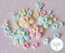 100 x EDIBLE PASTEL SUGAR BLOSSOM FLOWER CAKE AND CUP CAKE TOPPERS
