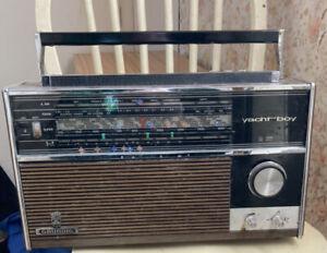 GRUNDIG Yacht boy 210 vintage Radio