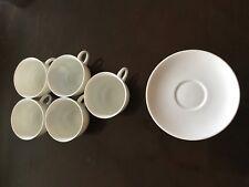 Eine Echte AUGARTEN Moccatassen von Michael Powolny entworfen,weißes Porzellan