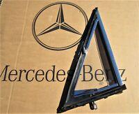 MERCEDES-BENZ /8 STRICH-8 DREIECKFENSTER FAHRER LINKS W114 W115 AUSSTELLFENSTER