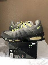 62deda6b762 1995 Nike Air Max 95 OG Original Size 9.5 Black Neon Yellow White 96 98 99