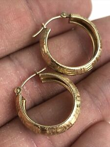 Vintage 10k Yellow Gold RCI Textured Detailed Hoop Dangle Earrings