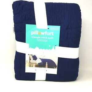 """Pillowfort Reversible Solid Navy Blue Stitched Full Queen Bed Quilt 88"""" x 88"""""""