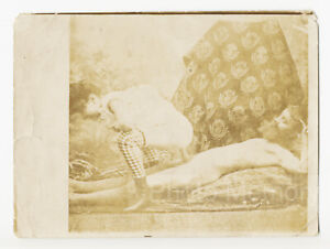 French Naked Couple in Action on a Couch, albumen print - Old Photo c.1900
