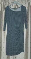 Lily & Me Ladies Stretch Viscose Dress ~ Size 10