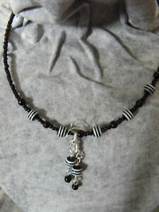 BLACK AND WHITE striped choker NECKLACE & EARRINGS  GLASS  BEADED acrylic