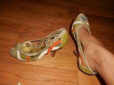 Woman's Steve Madden Multi Color Saavoy Leather Heels Sz 6