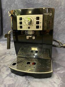 DeLonghi Magnifica XS Black Professional Expresso/Coffee Maker Open Box