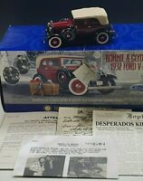 FRANKLIN MINT BONNIE & CLYDE'S 1932 FORD V-8 1:24 SCALE NM CONDITION