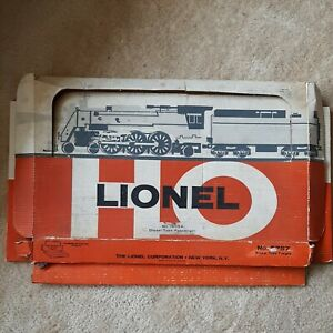 Lionel HO gift set 14054 with 0566-1 TS Powered Diesel Loco & 2 passenger Cars