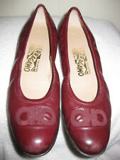 Women's SALVATORE FERRAGAMO Amore Ardente Leather Ballet Flats Size 7.5 AA