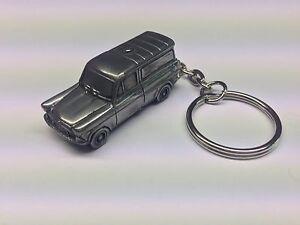 Ford Anglia 105E Van 3D split-ring keyring FULL CAR ref71