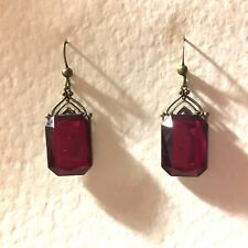 GORGEOUS ART DECO STYLE DEEP RED FACETED EARRINGS GOLD COLOUR BRASS ...HOOK