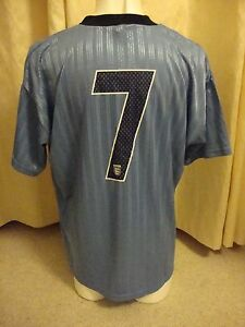 6 A Side Football Team Outfield Shirt Set With Printed Numbers - 7 x Shirts