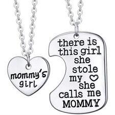 2 x Corazón de plata y dos Dog Tag Mommys Chica Colgante Collar Regalo