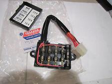 Boîte à Fusibles Original Yamaha RD400 1A0-82170-00