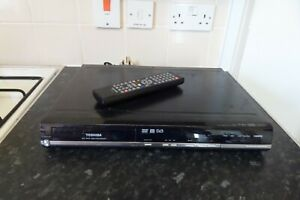 TOSHIBA D-R18DT Freeview DVD RECORDER HDMI +Remote