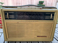 Ancien poste radio RADIOLA