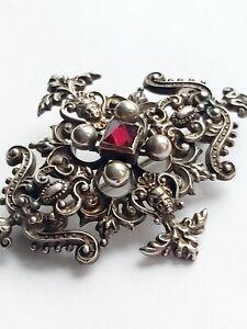 Vintage Antique Sterling Silver Garnet Pyramid Cat Brooch Pin