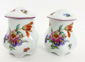 """2 Limoges Peint A La Main  T Limoges Dresser Vases With Lids 4"""" Tall Containers"""