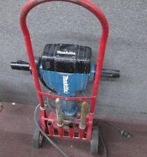 Makita - HM1810 - 70 lb. AVT Breaker Hammer w/accessory used
