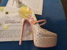 """Just The Right Shoe """"Clueless"""" #810220 by Raine 2008, Rare"""