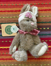 Boyds Bears Lucinda De La Fleur Jointed Bunny w/Hat, The Archive Collection
