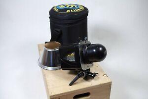 AlienBees B400 120 Ws monolight flash head w/ reflector, power cable, & case